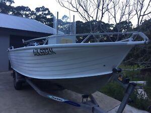 Quintrex 560 freedom sports centre console boat for sale