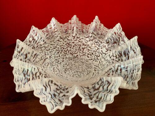ANTIQUE VICTORIAN ART GLASS BRIDE