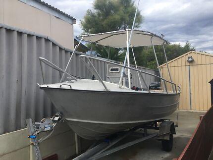 5M centre console Alu boat