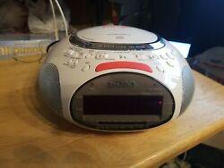 Sony Psyc Dream Machine ICF-CD832: CD Player/AM FM Radio/Alarm Clock, White