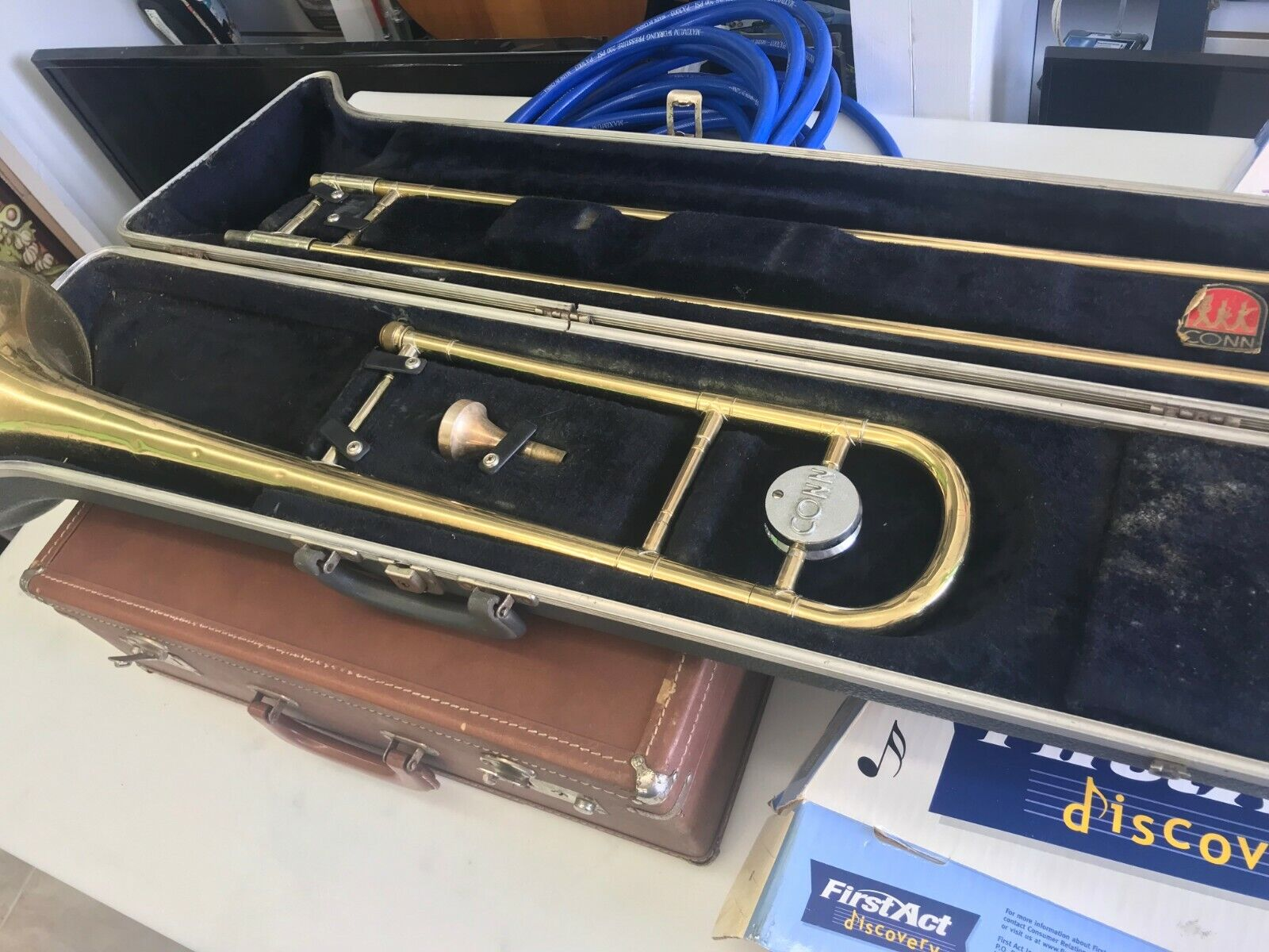 VINTAGE CONN USA Tenor Trombone DIRECTOR Wind Instruments With Hard Case - $175.00
