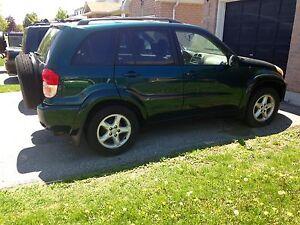 Selling 2002 Toyota RAV4