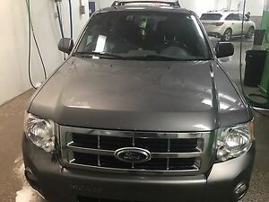2011 Ford Escape XLT Leather Sunroof No Accident!