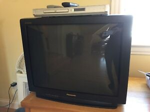 "GAAO 27""PANASONIC TELEVISION + KOSS DVD PLAYER"