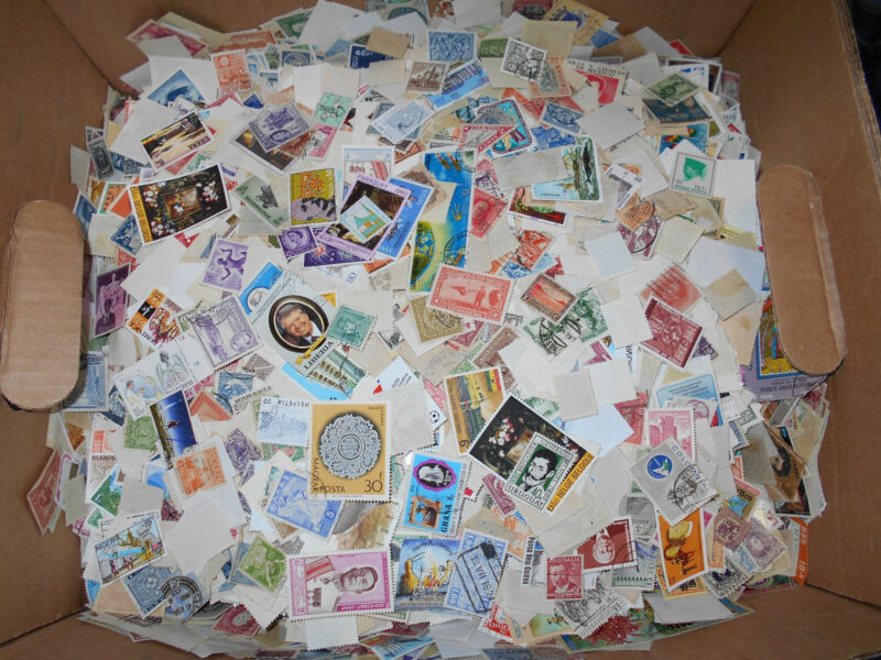 Worldwide foreign stamp mix - One pound off-paper - bulk lot - NEW LOWER PRICE!