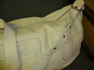 BRAND NEW LARGE CREAM MULTI POCKET SHOULDER BAG, NEVER USED. New Lambton Heights Newcastle Area Preview