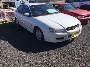 2005 VZ commodore, 5 months rego. Auto pretty tidy $3000 as is... Tingha Guyra Area Preview
