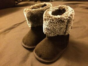 Infant spring/fall boots