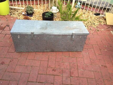 Galvanise lockable tool box  Redwood Park Tea Tree Gully Area Preview