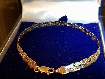 EXQUISITE ITALIAN 9 CARAT TRICOLOUR GOLD HERRINGBONE BRACELET.BEAUTIFUL GIFT