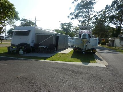 2008 Sterling Caravan with double slide outs