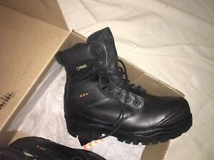 ec2b37a38a9 Work Boots | Buy or Sell Used or New Clothing Online in Halifax ...