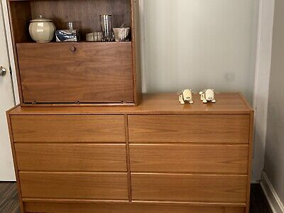 Mid Century Modernism Drawer Dresser