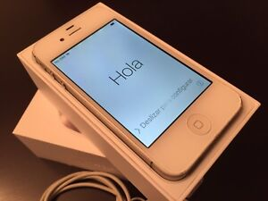 iPhone 4S - 16GB - No contract, paid in full