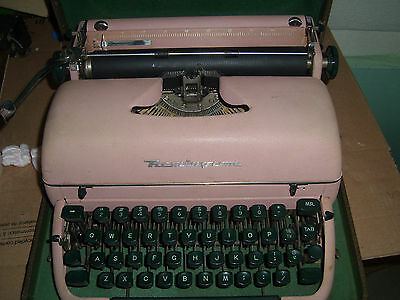Antique 1950s Remington Rand Green Quiet Riter Miracle Tab Typewriter With Case