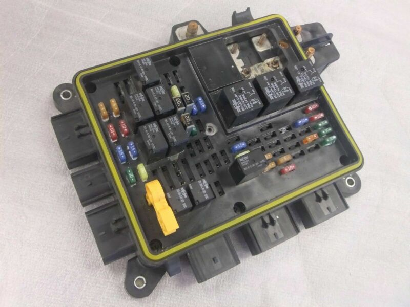 Freightliner Power Distribution Module/Fuse Panel By Eaton - P/N  A66-05172-004