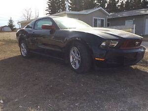 2010 Ford Mustang v6 coupe 2 door