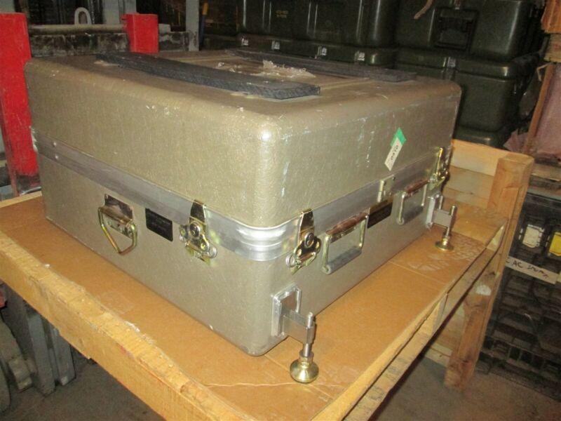 ECS Leveling Legs Fiber Scientific Monitoring Measuring Equipment 30x29x17 Case
