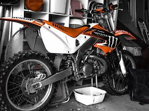 Looking for cylinder jug for a 1997 cr 250