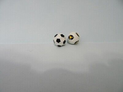 PLAYMOBIL  SOCCER-FOOTBALLS-REPLACEMENTS SOCCER SETS/STYLE 2
