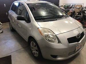 2008 Toyota Yaris, Auto, auto start, studded winter tires.