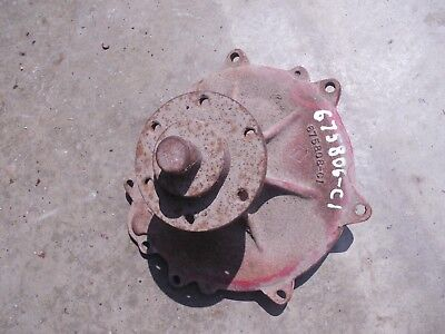 International 1066 886 986 966 766 100 86 Tractor Water Pump Assembly 675806c1