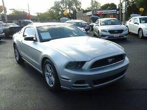 2014 FORD MUSTANG V6- POWER LOCKS & WINDOWS, SPEED CONTROL, SATE