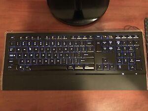 Logitech illuminated Keyboard ( K740)