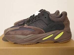 b30b13fb5c85e Adidas Yeezy Boost 700 Mauve Size 9.5 EE9614 Wave Runner ...