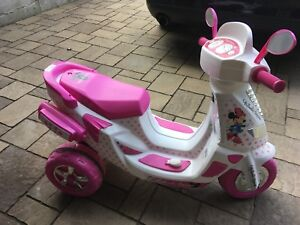 Scooter electric Minnie mouse
