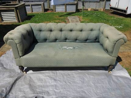 Chesterfield Antique Victorian Lounge