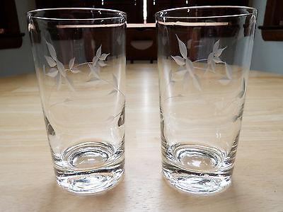 Floral Design Set of 4 Glasses