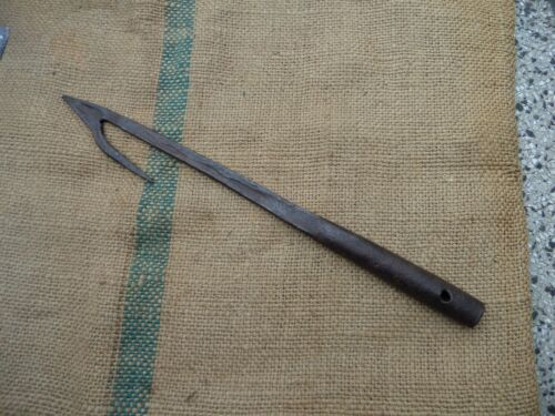 ANTIQUE WHALE SEAL WHALING HARPOON NAUTICAL MARITIME HAND FORGED WROUGHT IRON