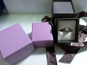 18ct white gold three ring bridal set Coolbellup Cockburn Area Preview