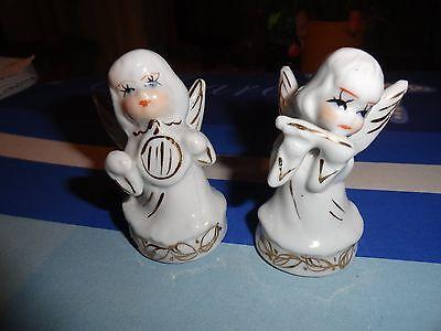 2 stilisierte Engel  - mit Flöte und Harfe - Porzellan -   je 8 cm hoch