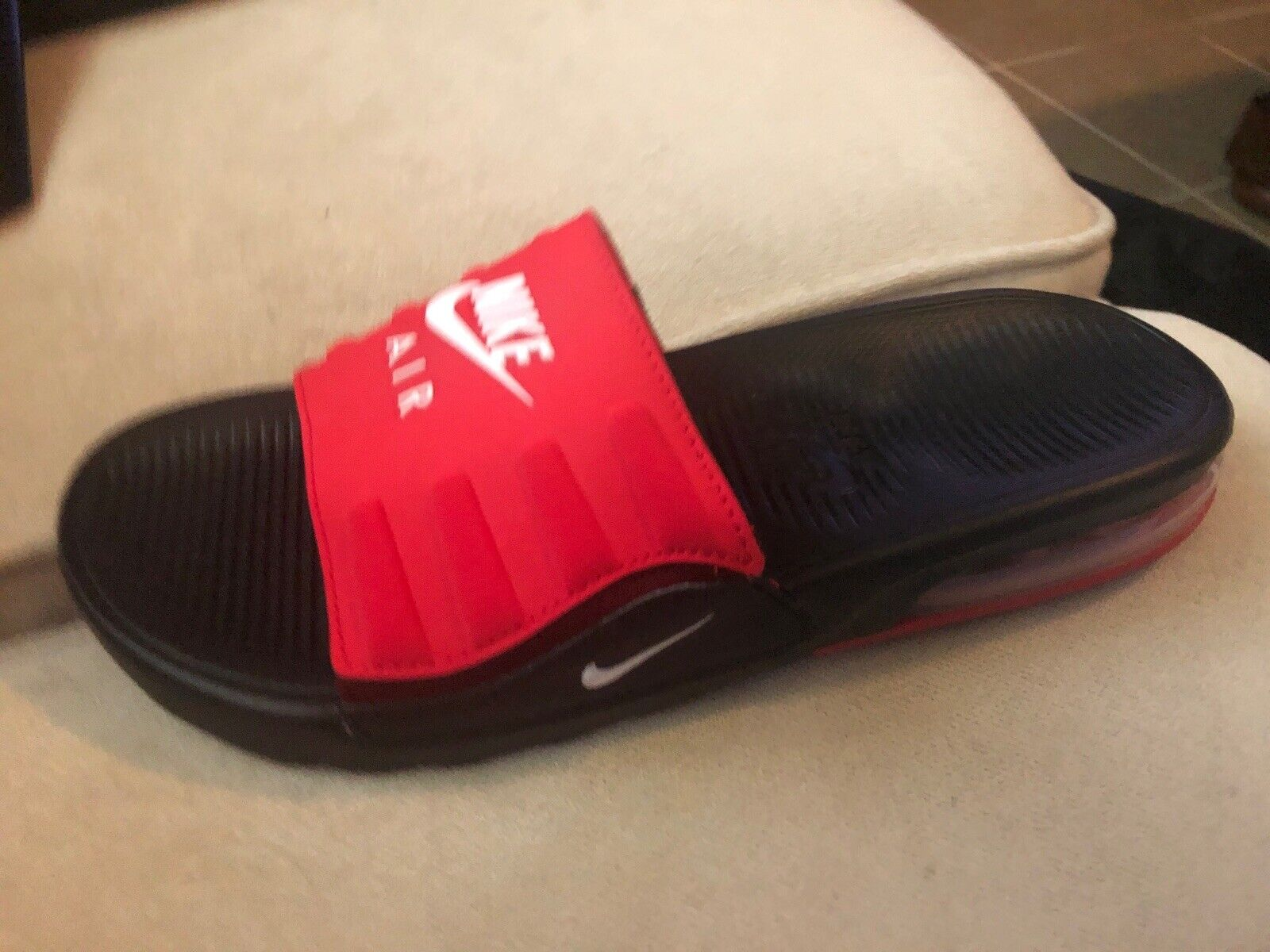 Nike Sandal Air Size 8 US Left Foot Only!!!!