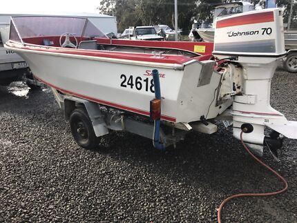 15ft savage fibreglass boat, 70hp Johnson