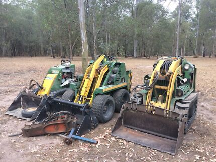 Mini kanga's and 1.7 t excavator for hire