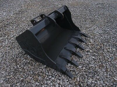 Bobcat Quick Attach Mini Excavator Attachment - 30 Heavy Duty Tooth Bucket
