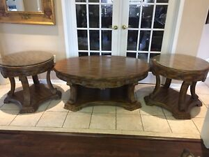 Classic Designs Coffee Table Set