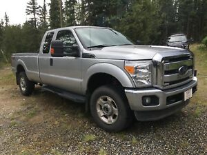 2012 Ford F-250 4x4 with only 57000 km