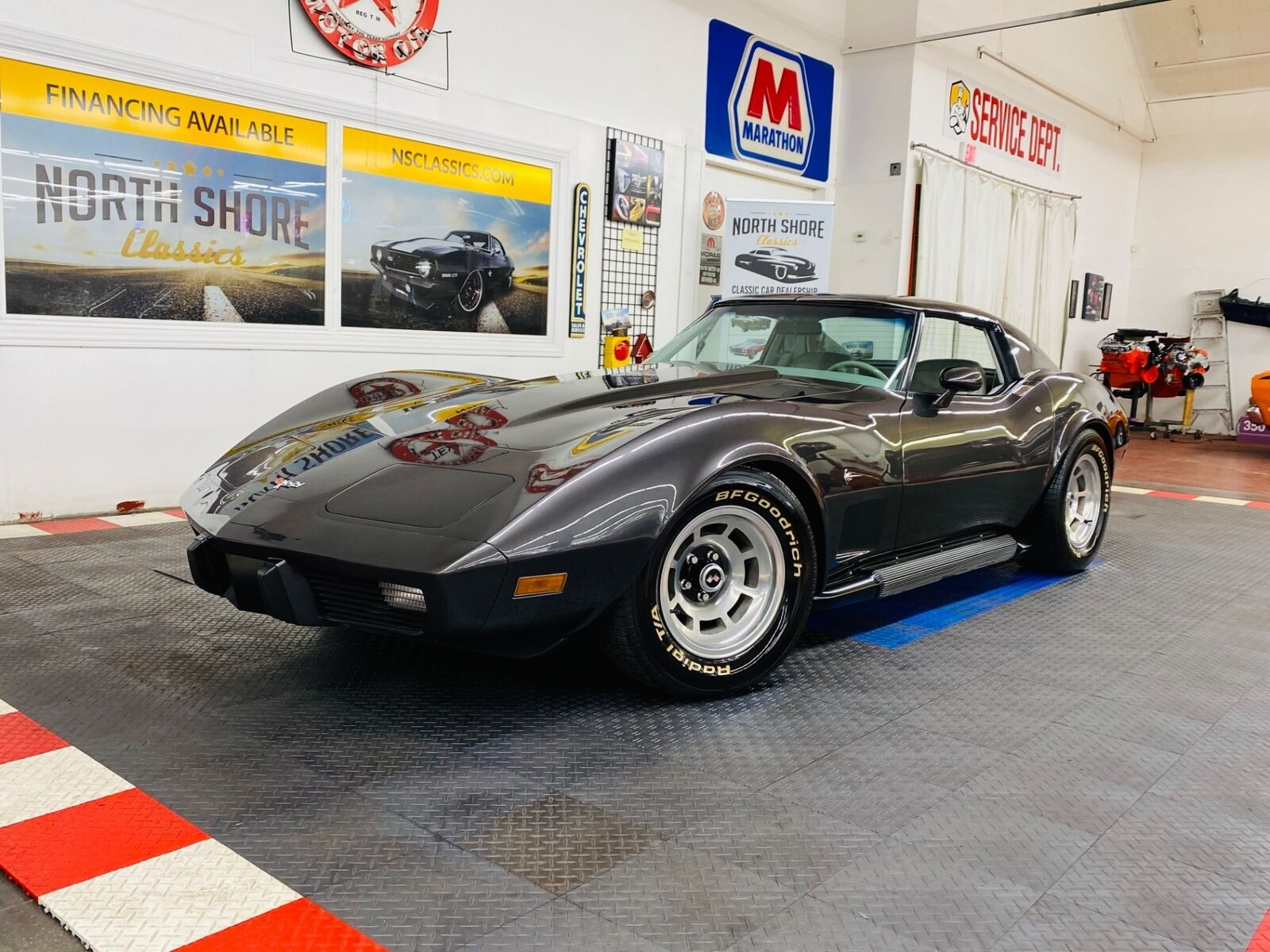 1977 Gray Chevrolet Corvette   | C3 Corvette Photo 2