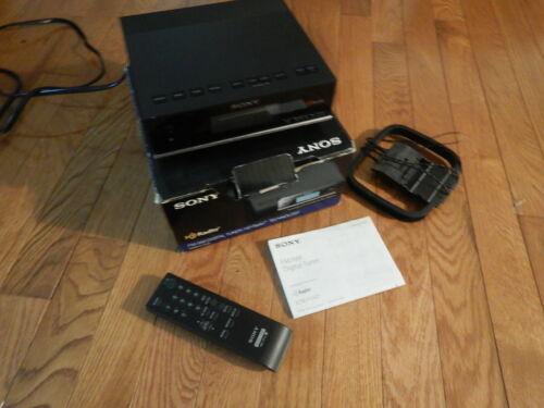 Sony XDR-F1HD Digital Tuner in original box with remote