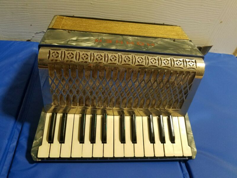 Vintage Antique Hohner IMPERIAL 1  Accordion and Case (1927-1937)