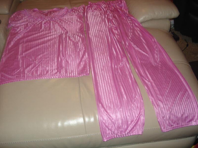 NEW SOFT & SHINY SATIN 2 PEICE LIGHT PINK SLEEPWEAR(PAJAMA)(CHEST:40)FOR GIRLS