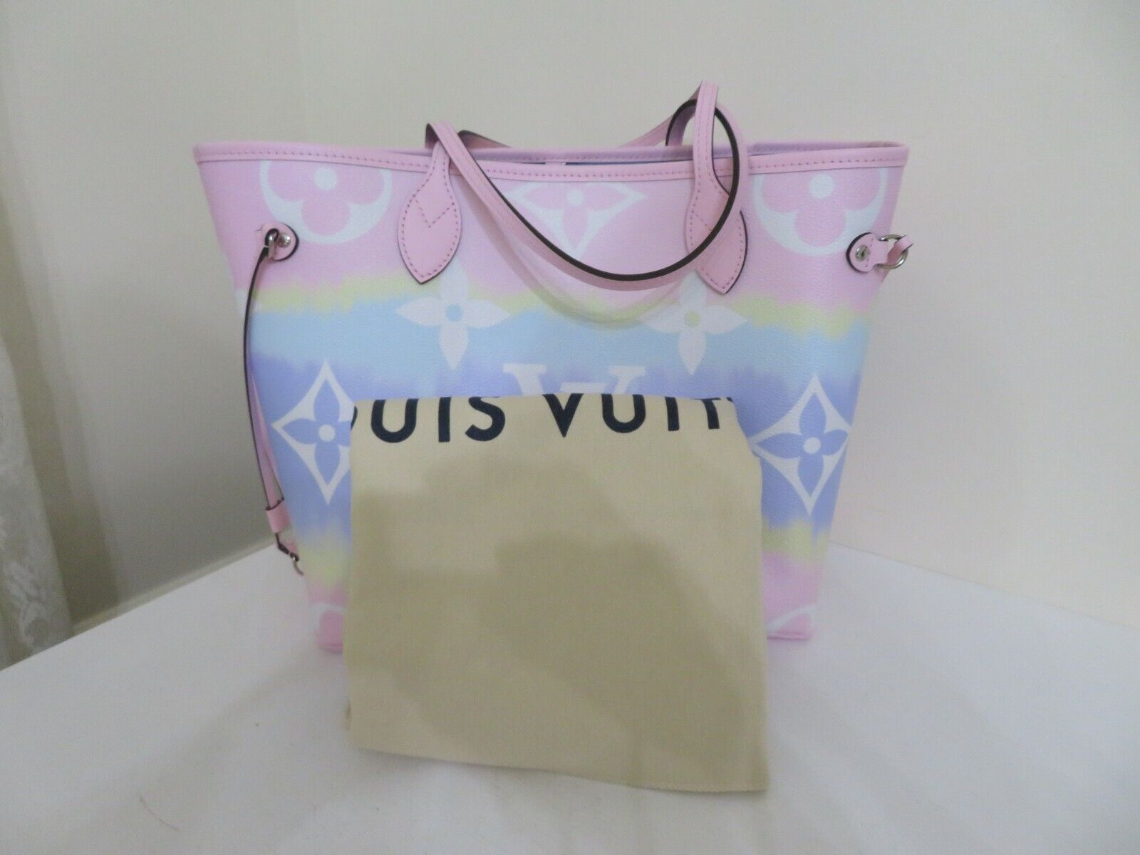 LOUIS VUITTON ESCALE NEVERFULL MM PASTEL TOTE BAG NEW NO POUCH