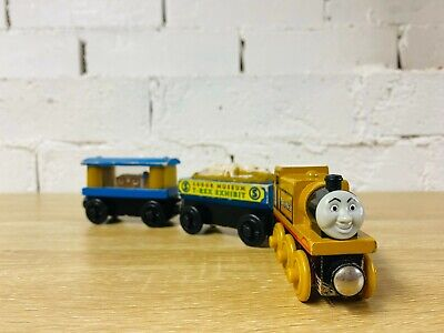 Stepney with Museum Cars Thomas the Tank Engine & Friends Wooden Railway Trains