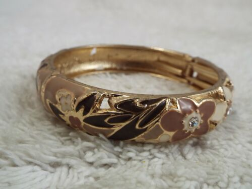 JIU LONG XING (Hi) Goldtone Cream Taupe Flower Hinged Bracelet (A11)