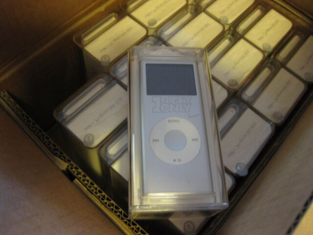 Apple iPod nano 2nd Generation Silver (2 GB) MA477LL/A A1199