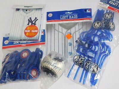 Baseball Party Favors (New York Yankees Baseball Party Favors Invitations Goody Loot)